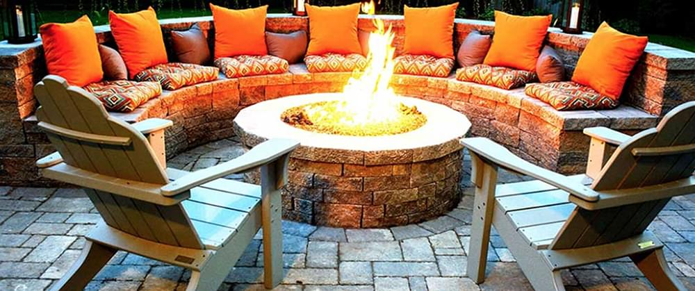 8 Ways to Cozy Up Your Backyard for Fall