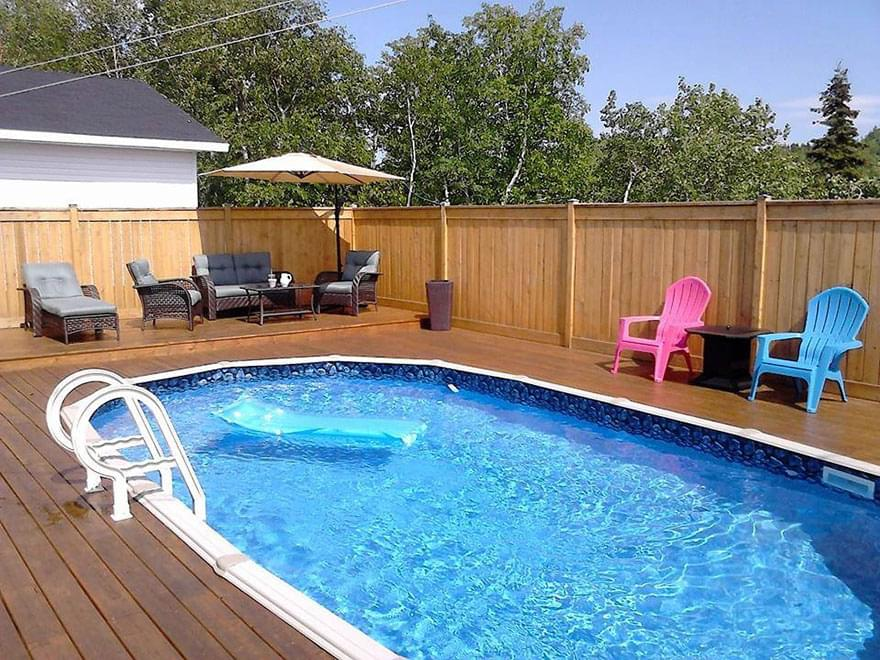 Above ground pools pool supplies canada for Pool vendors