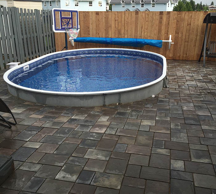 Semi inground pools pool supplies canada for Inground pool companies
