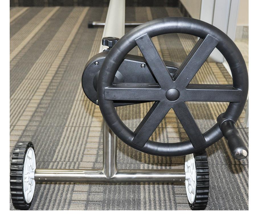 Presto Wheel Gear Inground Solar Roller With 20 Ft Tube