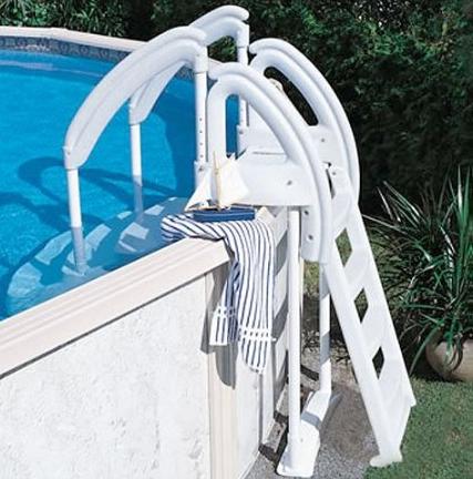 Marches et chelle lumio royal entra magasin de piscine for Chauffe eau piscine hors terre prix